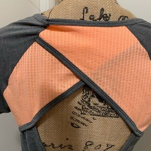 Under Armour Tops - Under Armour Heat Gear Women's Gray/orange S